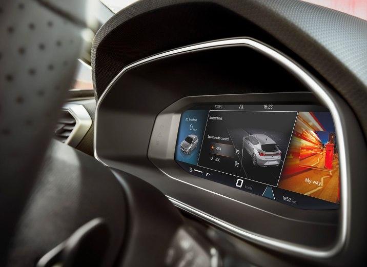 SEAT Leon 2020 eHybrid phev plug opened detailed view